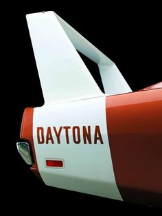 Twibfy #spoiler #red #white #serif #sans #retro #black #dodge #photography #daytona #1970s #car
