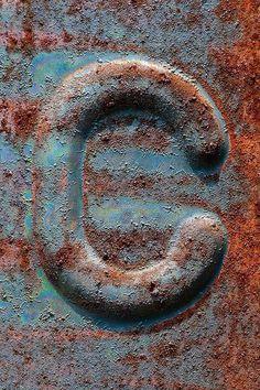 letter C #c font #typography #font #letter c