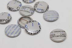 DHC/ART : Jolin Masson #blue #grey #pins #jolin masson #art center #dhc art