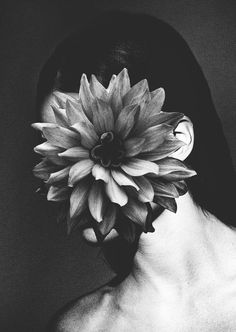 FLOWERS Experimental digital collages with women and flowers. The photographies of the models are mine, the flowers I found in internet. #white #photo #black #manipulation #and #flower #portait #surreal #collage