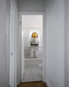 Category: Talents » Jonas Eriksson #astronaut #tub #restroom