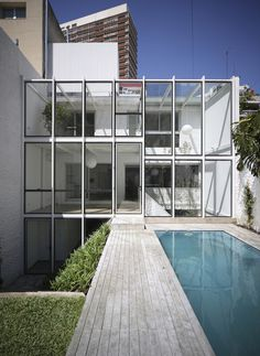 Fernández House