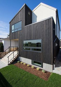 A Modern Vancouver House Clad in Cedar Shingles 1