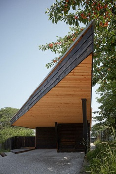 Chestnut House by ValArch Atelier 1