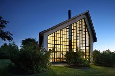 WE Guest House by TA Dumbleton Architect PC