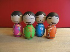 The Beatles Sgt Pepper Custom Kokeshi doll set by temple7e on Etsy #kokeshi #beatles #japan #peppers