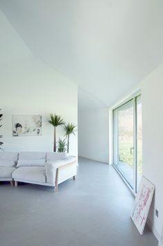 U-House by Studio MAPAA. #livingroom #minimal #studiomapaa