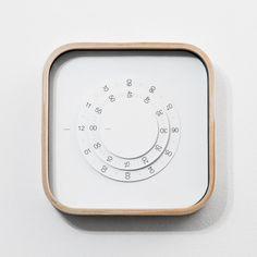 IKEA clock — Gabriel Lavallée #dieter rams #wood #clock #minimalist #diy #circle #ikea