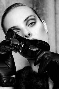 Dioni Tabbers by Jenny Brough for L'Officiel Ukraine #fashion #model #photography #girl