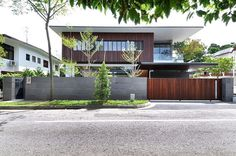 Stylish Bungalow Inspired Residence in Singapore: Sunset Terrace House #residence #singapore #architecture #bungalow
