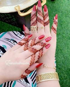 leaf finger mehndi design