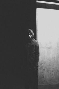 Photographer Paul Phung #dark #hood #white #black
