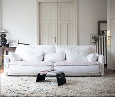 Anne Claire Rohé Photography sofa #interior #design #decor #deco #decoration