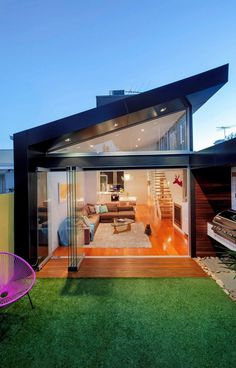 Traditional Victorian Home Transformed with a Glassy Modern Extension