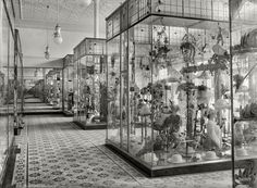 Shorpy Historical Photo Archive :: Hat Mart: 1915 #museum