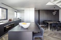 Gavish Apartment by Gali Amit 5