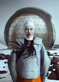 JOQUZ — Fashion Editorial and Cover for Noi.Se Magazine 32... #fashion #planet #space