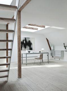 Fredgaard Penthouse by Norm.Architects. © Jonas Bjerre-Poulsen. #workspace #homeoffice #scandinavian