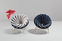 Quetzal Armchair – 14 Overlapped Bicolor Pillows Creates an Amazing Visual Impact