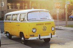 adorable-car-cute-photography-pretty-Favim.com-212972.jpg 500×334 pixels #samba #sunny #volkswagen #70s #kombi #car