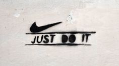 typography: JUST DO IT [firenze, italy] PHOTOGRAPHIE (C) [ catrin mackowski ]