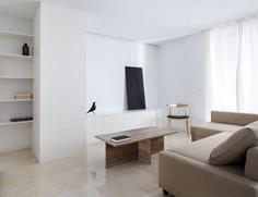 C15 Apartment by Carlos Segarra Arquitectos