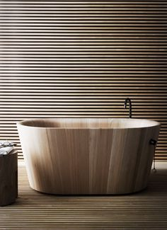 Wooden bathtub #design #product #industrial #craftsmanship #engineering