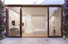 Herzog & de Meuron 1111 Lincoln Residences in Miami #bathroom #pavers