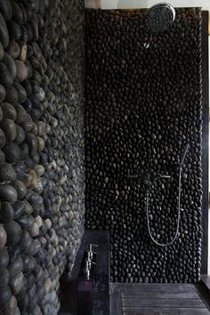 interior design & architecture #shower #wall #pebbles #treatment