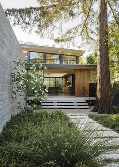 The Sanctuary House / Feldman Architecture