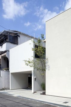House in Matsuyacho by Shogo ARATANI Architect & Associates