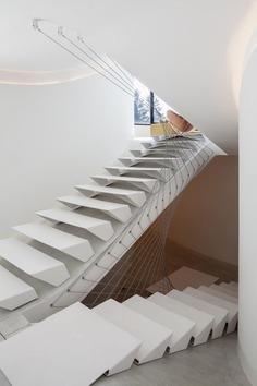 Office O architects: Villa MQ | Sgustok Design