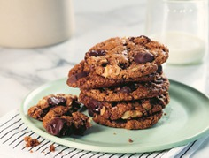 The Best Healthy Chocolate Chip Cookie