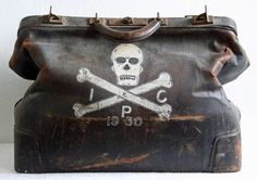 R I P Antique 1930s Large Doctors Death Bag by bellusvanitas on we heart it / visual bookmark #18830627