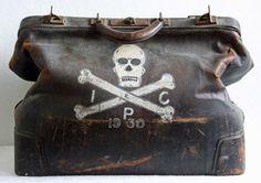 R I P Antique 1930s Large Doctors Death Bag by bellusvanitas on we heart it / visual bookmark #18830627