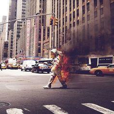 slyAPARTMENT #walking #city #fire #spaceman