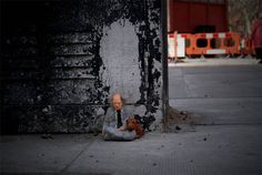 cement miniature sculptures artist isaac cordal (3) #photography #cement #sculpture #art