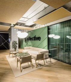 Effective Communication Offices in Barcelona by El Equipo Creativo