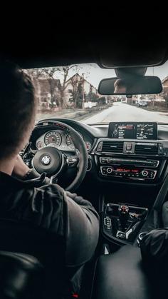 BMW M4 Cockpit