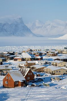 Pangnirtung, Nunavut | Canada (by Jason Pineau)