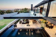 Contemporary Glass House 16