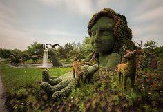 Remarkable Plant Sculptures at the 2013 Mosaicultures Internationales de Montréal #sculpture #plants #art