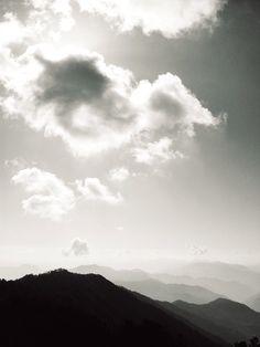 Voyage #photography #himalayas #hills #landscape