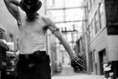 http://www.oscarmar.com/index.php?/work/photography/ #alley #vancouver #dance #crack #speed #homeless