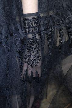 John Galliano Fall 2007 - Details