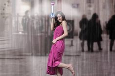Fed up with having to dodge umbrellas on rainy days? Check out the Air Umbrella! It uses the force of air to keep you dry! #design #product