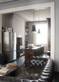 tumblr_lud2shZLuB1qb3jnco1_1280.jpg (600×836) #kitchen #sofa #living room #chesterfield