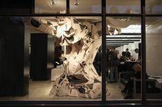 Résultats Google Recherche d'images correspondant à http://resultats.infopresse.com/prixgrafika/2012/Prix/9369_Paprika/lg/9369_Paprika_Domison_01.jp #installation #print #domison #paprika #poster