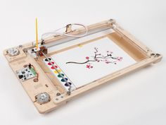 Robotics and children's painting collide in this innovative device. The Watercolorbot is an interactive way to introduce robotics technology #interactive #modern #robot #lifestyle #style #design #product #industrial #fun #technology