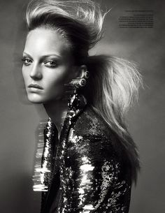 Theres Alexandersson by Benjamin Vnuk » Creative Photography Blog #fashion #photography #inspiration